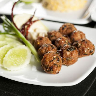 Sticky Spicy Thai Meatballs
