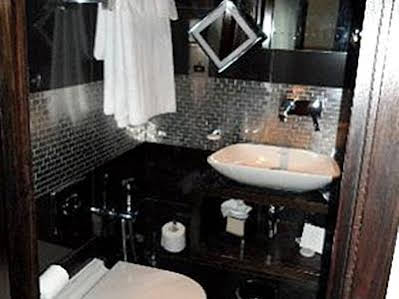 The Shaftesbury Marble Arch Suites