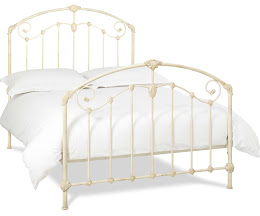 Decorative Victorian Metal Bedstead in Antique Ivory