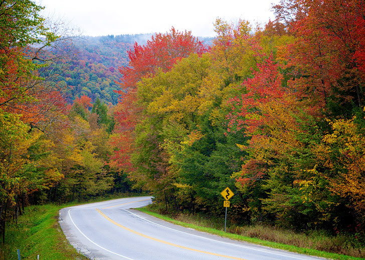 Route 100 Vermont (Road Trip America).