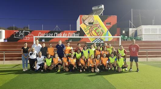 La Escuela Deportiva de Fútbol 11 Femenino, en marcha