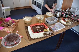 Photo: Super flot kagebord, hvor man slet ikke kunne nå at smage det hele. TUSIND TAK til alle.