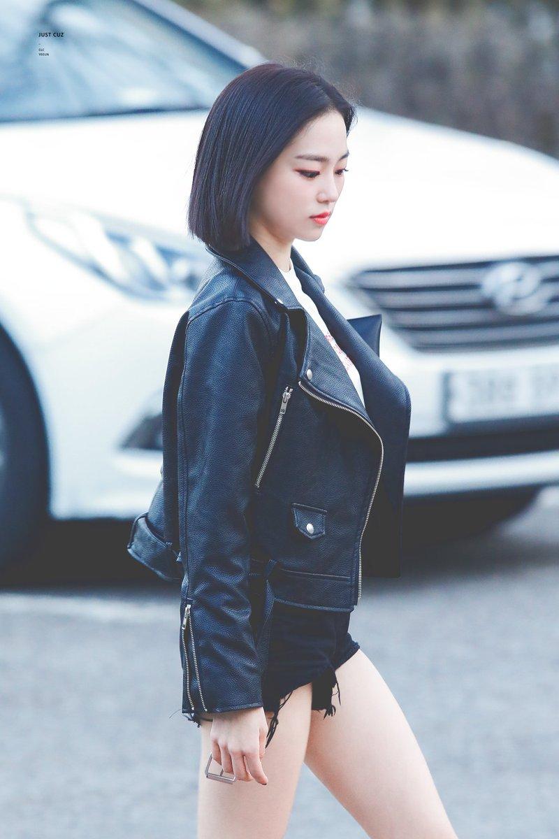 yeeun black 7