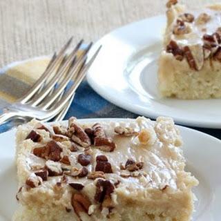 Caramel-Pecan Sheet Cake