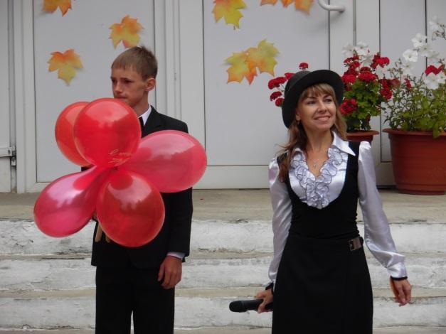 \\ТЕХНИК-ПК\local_trash\школьные фотографии\1 сентября 16-17\SAM_1630.JPG