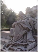 Photo: Detalle de fuente dedicada a Goethe Jardines de Villa Borghese ( Roma) http://www.viajesenfamilia.it/