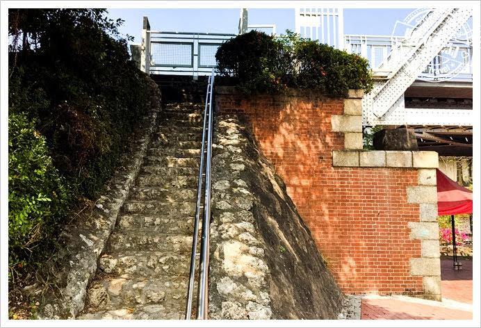 舊鐵橋濕地公園樓梯