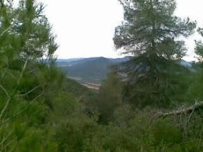 Photo: Por el PR1 Sierra Burete. Pico de La Lavia al fondo-desde mi Nokia E61i