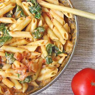 Spinach Tomato & Garlic Penne Pasta