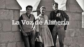Goytisolo, junto a los escritores Simone de Beauvoir y Neolson Algren.