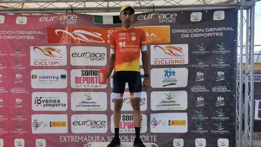 El campeón ha regresado al podio.