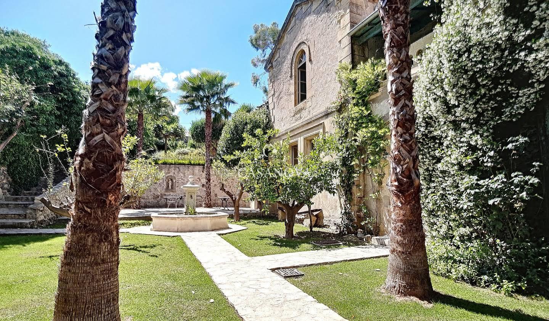 Propriété avec piscine et jardin Pezenas
