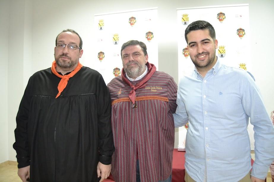 a JLF anuncia a Manolo Catalán com a pregoner de les falles de Dénia 2018 i a Valentín Alcalá com a autor del cartell