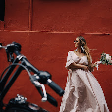 Fotografo di matrimoni Darya Kukushkina (KukushkinaDari). Foto del 19.07.2018