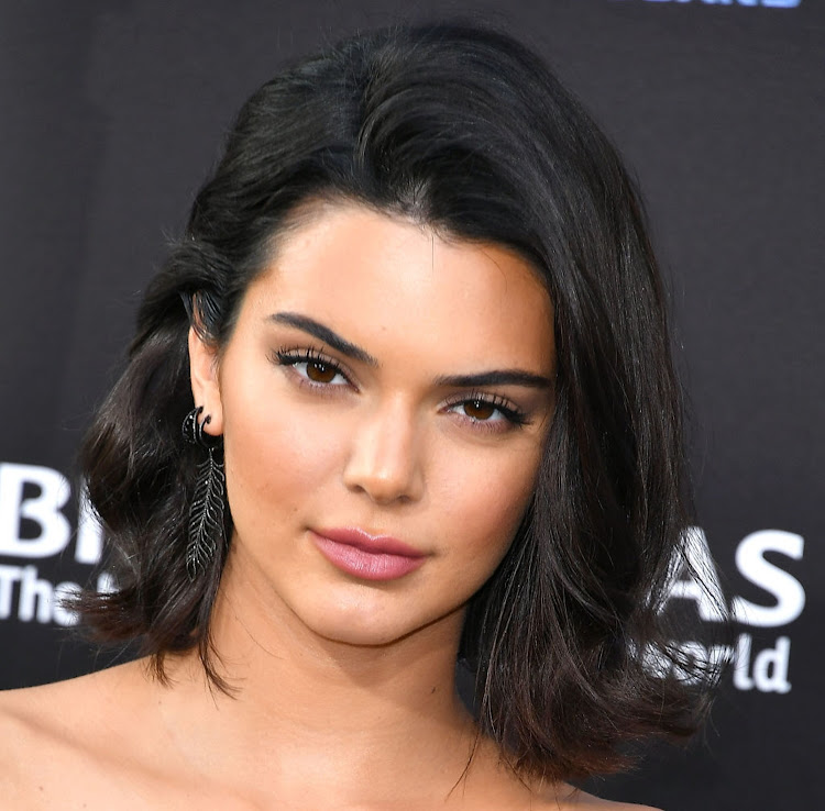 Kendall Jenner is one of several celebs spotted sporting a lob (long bob).