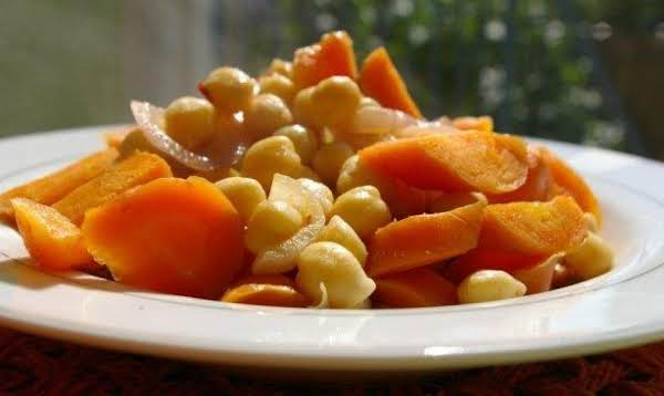 Tunisian Glazed Chickpea-and-carrot Salad Recipe