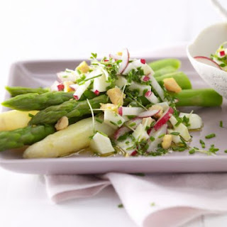 Asparagus with Egg Vinaigrette