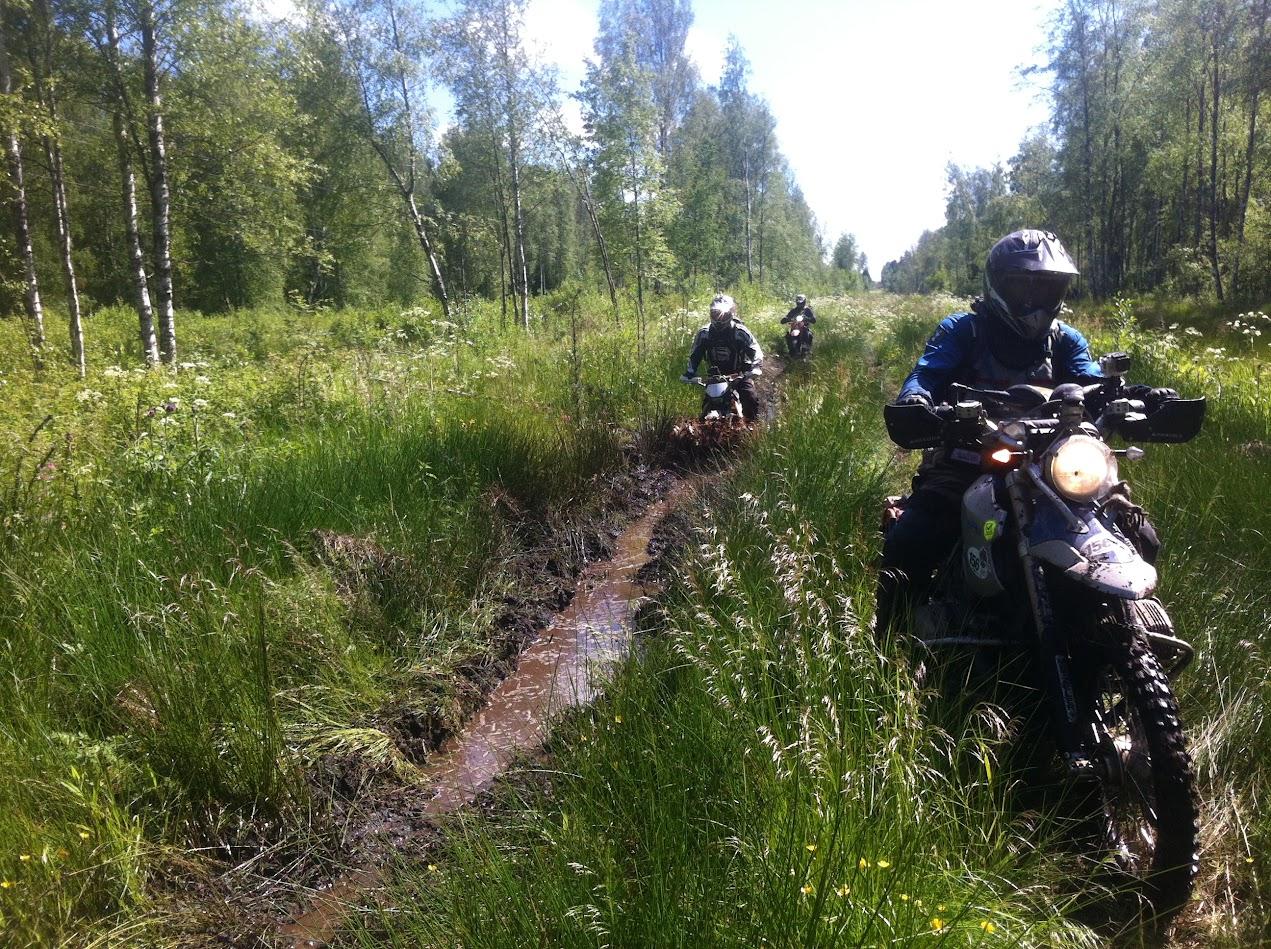 EnduroBoxer Tour in Russland als Testlauf für die Road of Bones
