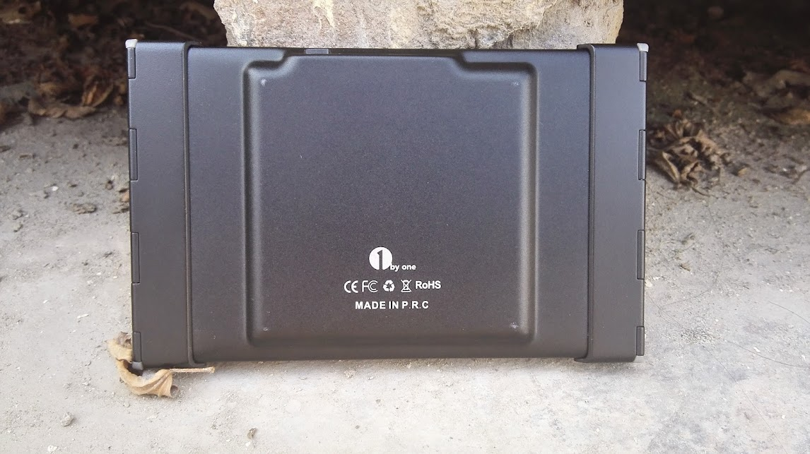 back side of 1byone foldable keyboard