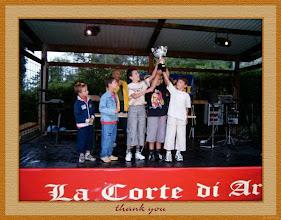 """Photo: Sagra 2005 - Si premiano le Squadre - La Squadra vincitrice: lo """"Stadomelli"""" - Foto 24 di 26"""