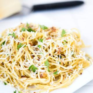 Skinny Garlic Noodles