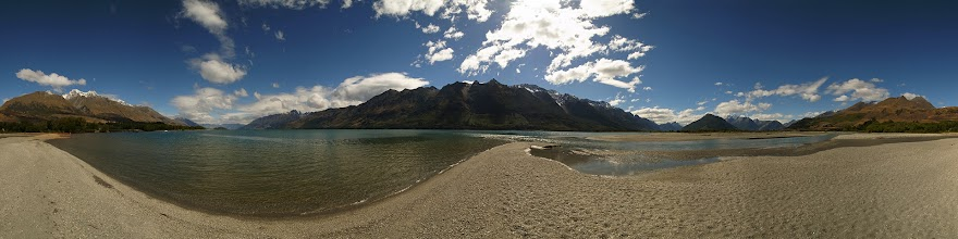 Photo: New Zealand, Southland, Queenstown, Lake Wakatipu, Glenorchy