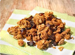 Crunchy Peanut Granola Clusters Recipe