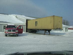 Photo: Het is zover dit weekend is de Container geladen bij Brain Knox met Phil zijn mini.