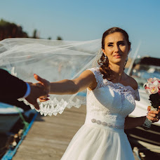 Wedding photographer Visul Nuntii (VisulNuntii). Photo of 14.02.2018