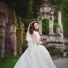 Wedding photographer Tatyana Tatarin (OZZZI). Photo of 28.05.2018
