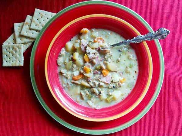Easy New England Clam Chowder Recipe