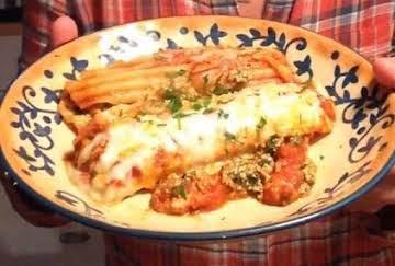 Pressure Cooker Spinach and Three-Cheese Manicotti