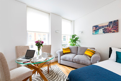 Apartment on Emerald St in Holborn