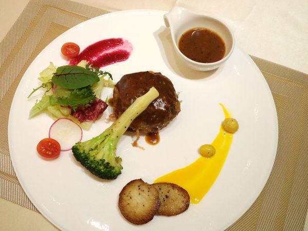 品盛悅素軒-蔬食素食 精緻創意蔬食也能優雅品味!!
