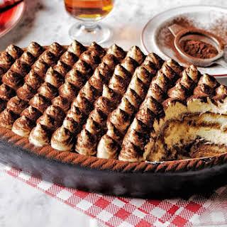 This Nutella tiramisu is seriously next level.