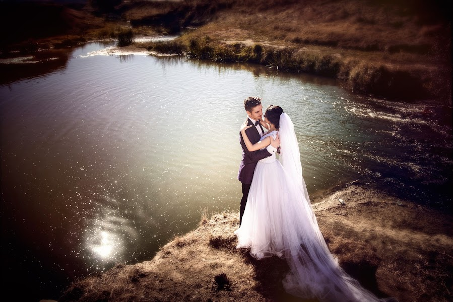 Wedding photographer Ciprian Dobrica (premierevideo). Photo of 12.10.2018