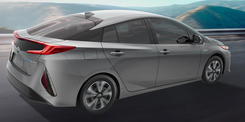 2017_Toyota_Prius_Prime-1500.jpg