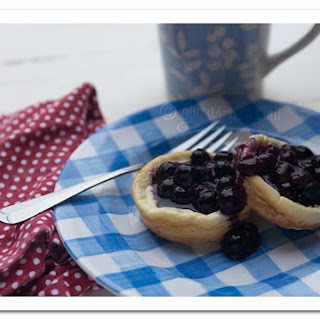 Blueberry Cheesecake Muffins- Sugar Free!