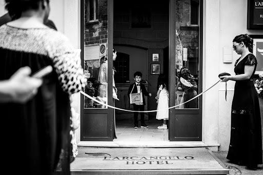 Wedding photographer Leonardo Scarriglia (leonardoscarrig). Photo of 12.03.2018