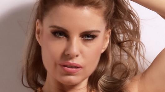 Natalia Delmar La Serrata, del flamenco puro a la música urbana sin despeinarse