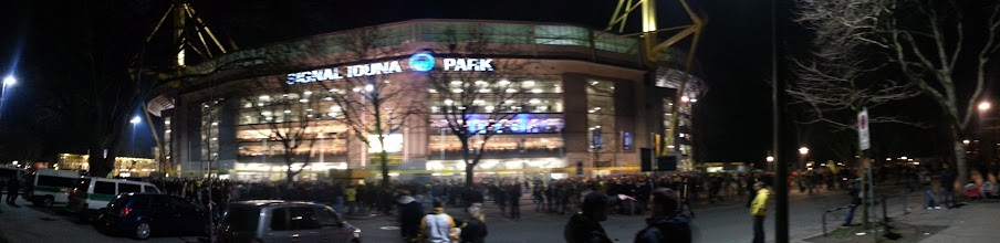 Photo: Panorama Aufnahme vom Signal Iduna Park
