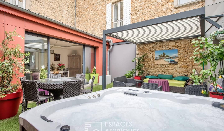Appartement avec piscine Villefranche-sur-saone