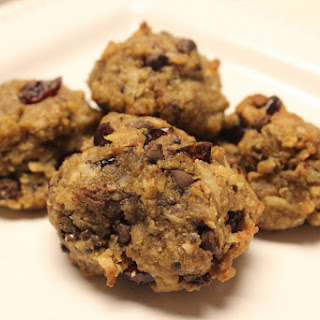 Chocolate Chip Oatmeal Quinoa Cookies