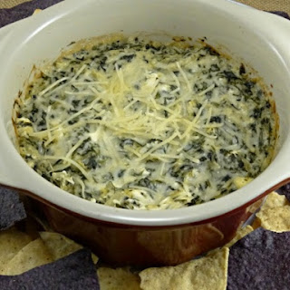 Ruby Tuesday's Spinach and Artichoke Dip - Copycat
