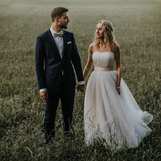 Wedding photographer Piotr Adamski (fotoap). Photo of 12.07.2018