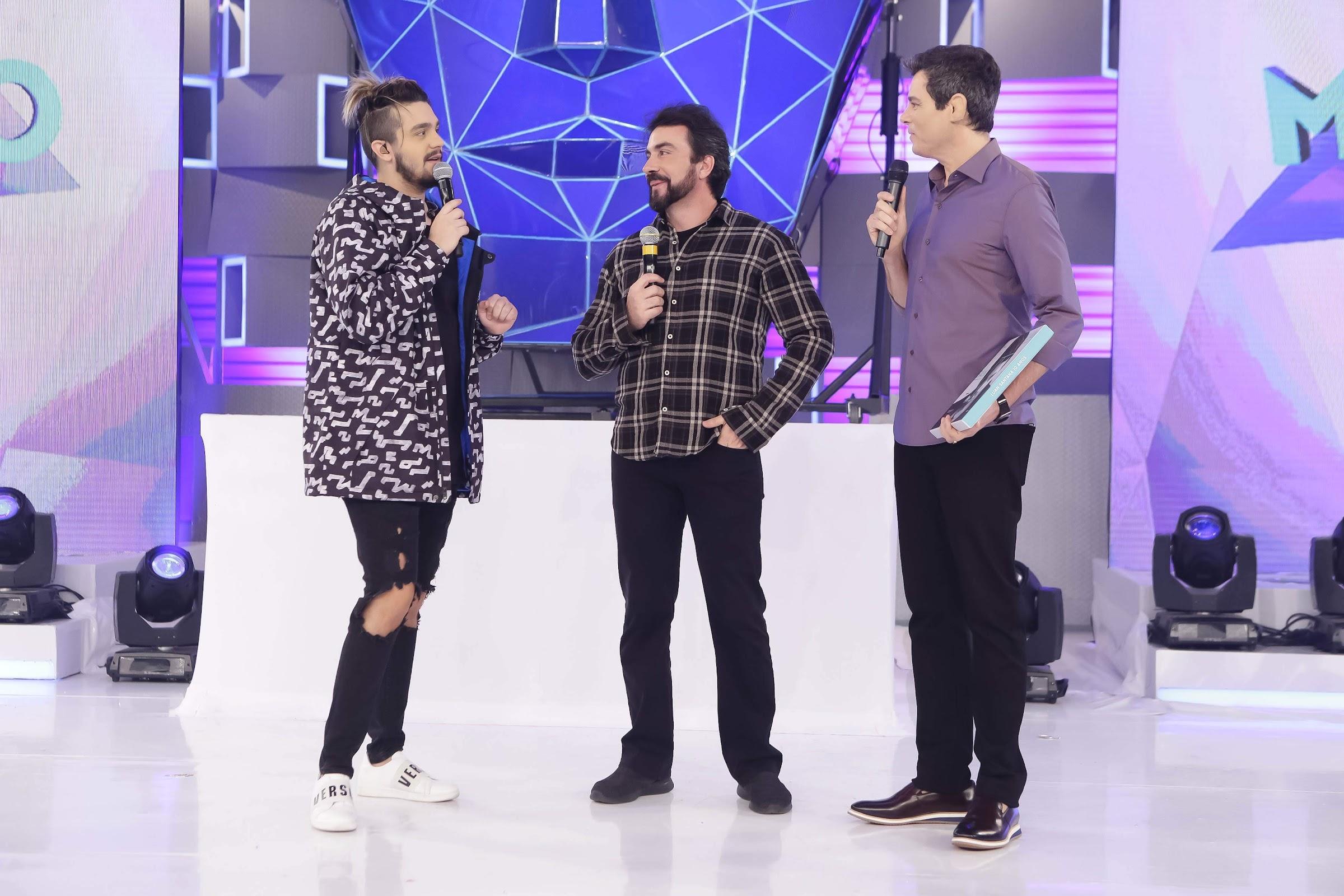 Luan Santana, Pe Fábio de Melo e Celso Portiolli