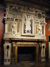 Photo: This carved fireplace with marble inlays is in the Great Hall of the King.