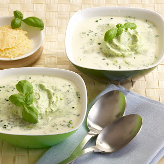 Spargel-Parmesan-Suppe