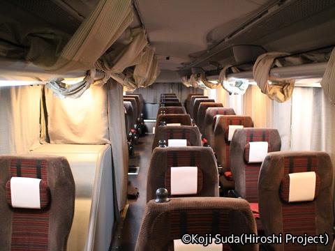 京王バス東「プリンセスロード」 81553 車内