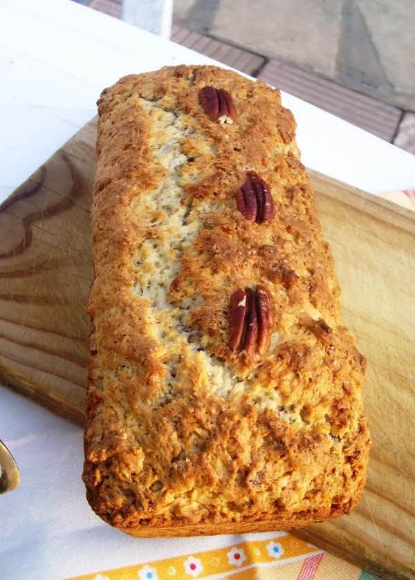 Chuck Wagon Pecan Bread Recipe